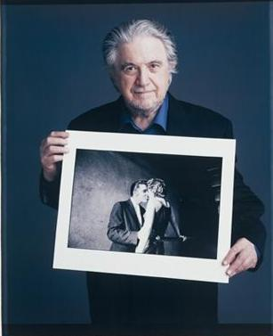 Al Holding The Kiss Photo