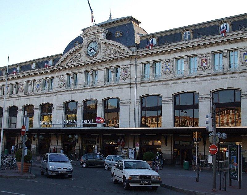 Matabiau-gare-facade-matin